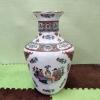 """Азиатска порцеланова ваза """"Картоиграчи"""""""
